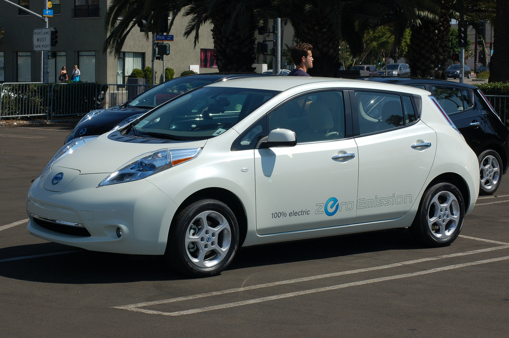 Driving A Nissan Leaf Internal Combustion Is In Trouble Energy