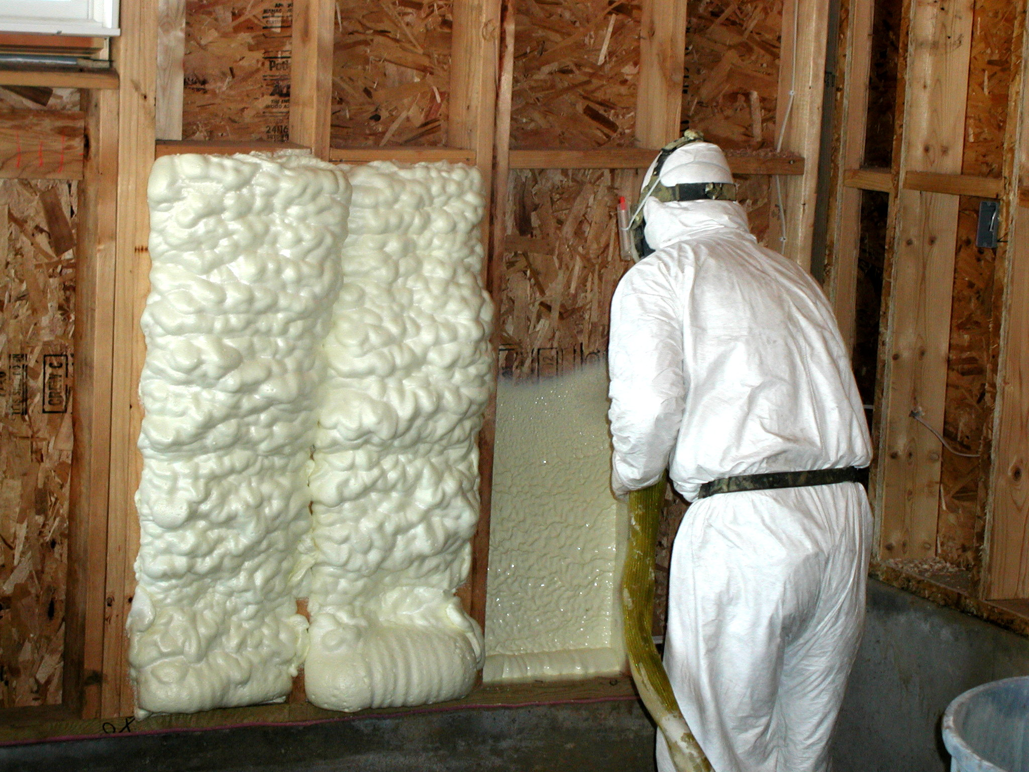 Why i dont like spray foam in existing home walls energy smart why i dont like spray foam in existing home walls solutioingenieria Choice Image