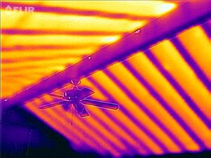 A cathedral ceiling in infrared without any insulation above.